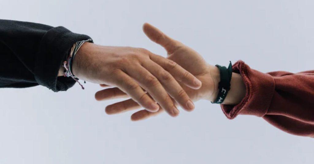 7-maneiras-de-fidelizar-clientes-no-varejo-atenção-ao-pós-venda
