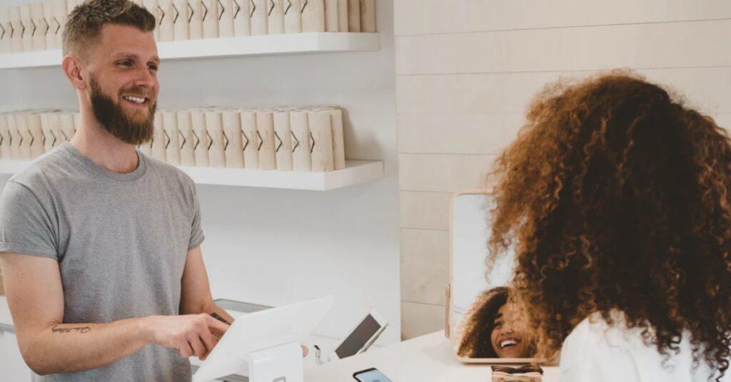 experiência-do-cliente-no-varejo-o-que-é-e-qual-a-importância-a-importância-de-investir-em-experiência