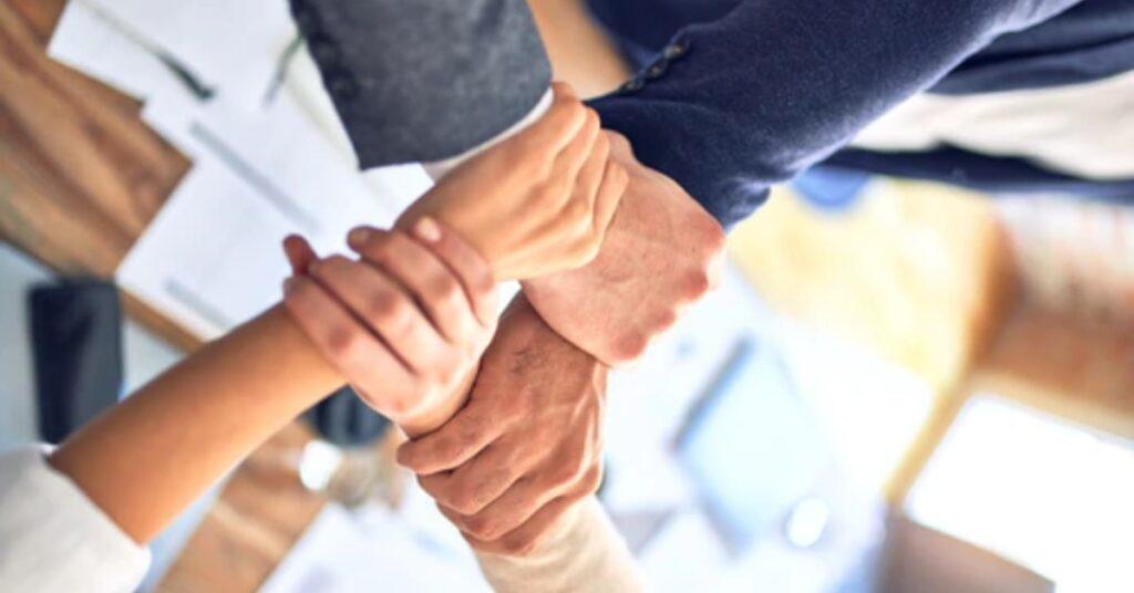 7-passos-para-promovr-a-transformação-digital-no-varejo-capacitação-da-equipe